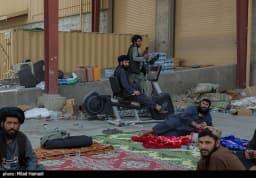 پایگاه بگرام در دست طالبان  🔹پایگاه بگرام که در دو دهه گذشته مقر اصلی نیروهای آمریکایی و ناتو در افغانستان بوده و در سفرهای روسای جمهوری آمریکا به افغانستان محل استقرار آنها بوده است، اکنون و پس از تخلیه در دست نیروهای طالبان است.  📸گزارش تصویری تسنیم را در اینجا (https://tn.ai/2576073) ببینید @TasnimNews