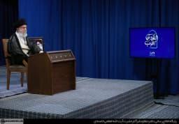 #القدس_أقرب                                                                                          حضرت آیتالله خامنهای رهبر انقلاب اسلامی در آخرین جمعهی ماه مبارک رمضان در سخنرانی تلویزیونی به مناسبت روز جهانی قدس، بهصورت زنده با امت اسلامی دربارهی مسئلهی فلسطین سخن گفتند.